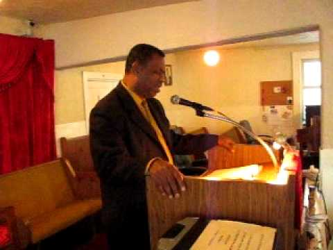 Bishop Dr. W.C. Mcclinton, Pastor~~~11-06-11~Walk with Me Lord~pt.1