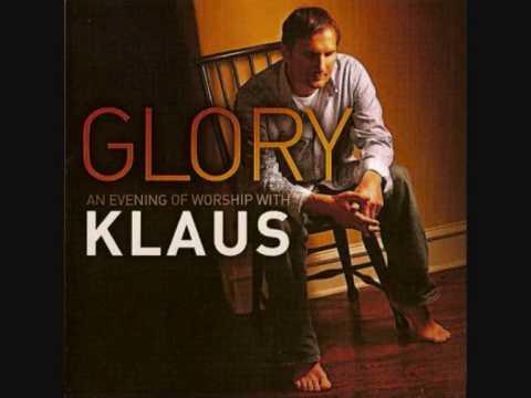 Klaus Kuehn - Running (ft. Kari Jobe)