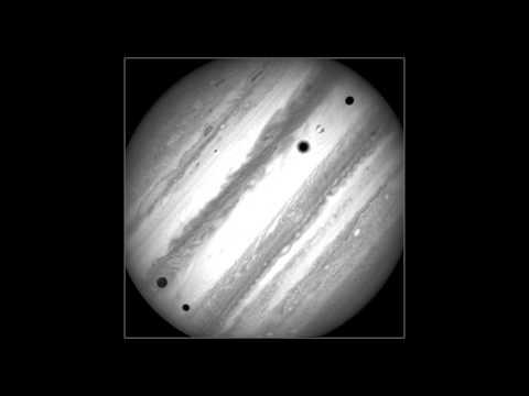 Time-lapse of Jupiter's three moon transit