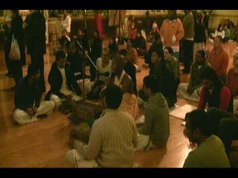 Sunday Feast Lecture in ISKCON Chicago on 28th Oct, 2012