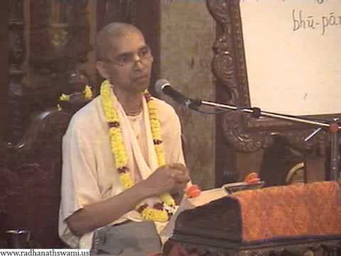 Lecture on The Lord is Gunatmanah by  Sukadeva Swami in ISKCON Chowpatty