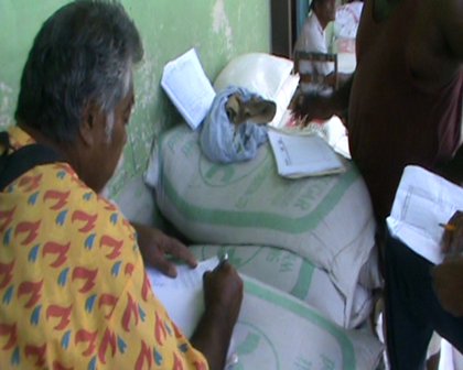 Fiji govt food aid been evenly distributed through villages on Rabi