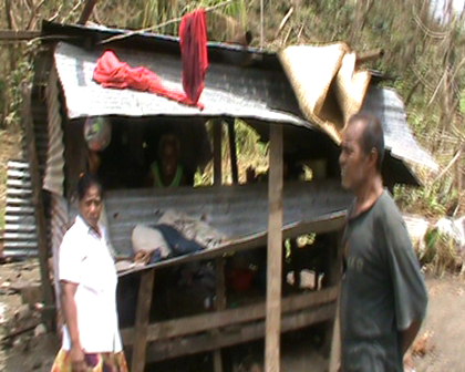 Tanaera Family at Eritabeta lost the house. 8 family members now living in this shed
