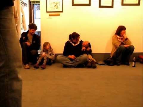 Kamelogana Projekt Vernissage ART 4 PEACE Kunstausstellung 28.04.2012.wmv