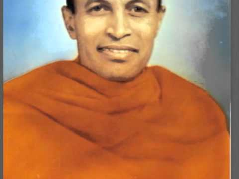 Swami Sahajananda speaks to young women about Sivananda. 5 of 6.