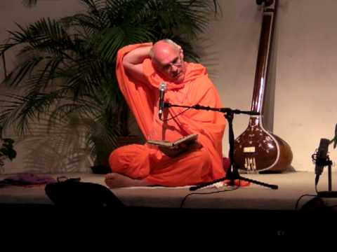 Swami Atma reads and comments a letter from Sri Swami Sivananda