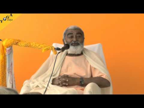 Sadhu Maharaji Speaks About Guru Punima