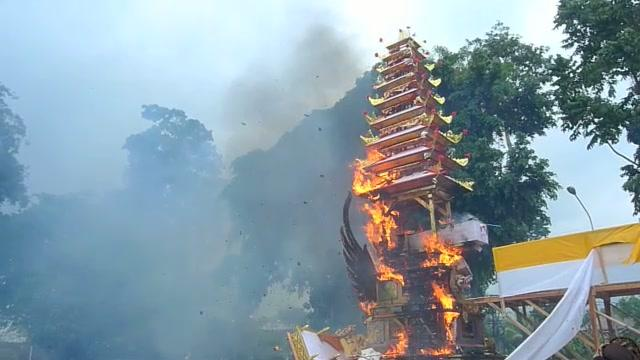 bali shortcuts: Ubud Cremation
