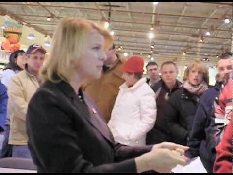 U.S. Congresswoman Melissa Bean (D) Meets with her constituency.