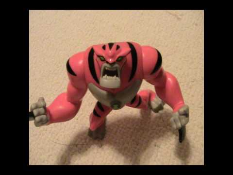 Ben 10 Ultimate Alien TOYS : Rath and Six Six Comic Pack!