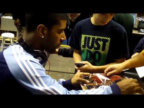 OJ Mayo Signing Autographs in Indianapolis