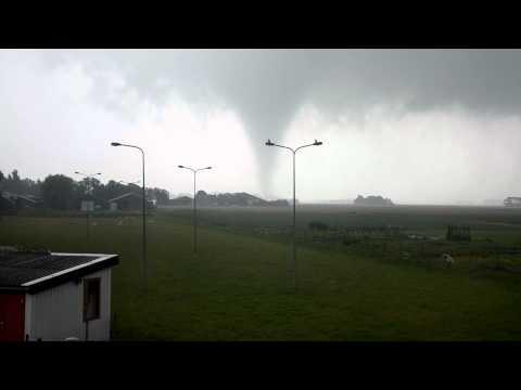 Tornado Ternaard  Netherlands 06-08-2011