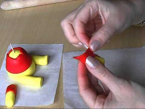 Hoe maak je een Winnie the Pooh van fondant
