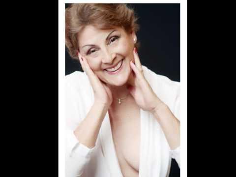 Exposição Eu PEITO - Mulheres que venceram o câncer de mama