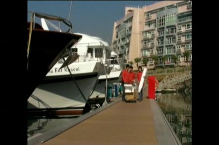Marina Club02