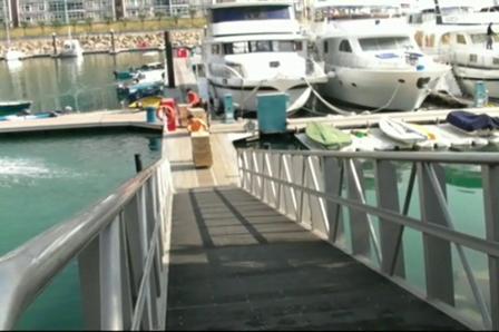 Marina Club03