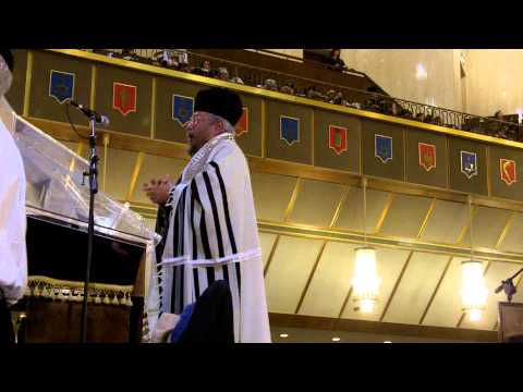 Slichot Service - Chaim Adler, Cantor (Part 3)