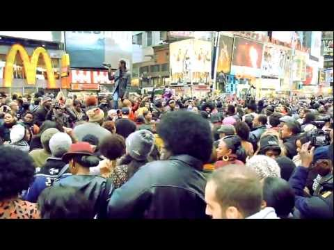 SEE THE SOUL TRAIN LINE FLASH MOB ON TIMES SQUARE IN MEMORY OF DON CORNELIUS!
