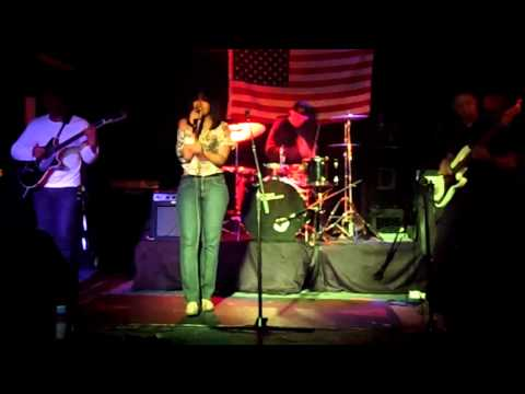 """Urica Rose Performing """"Black Heart"""" (Accapella) & """"Where Are We Now"""" Live x Metal Haze Ent."""