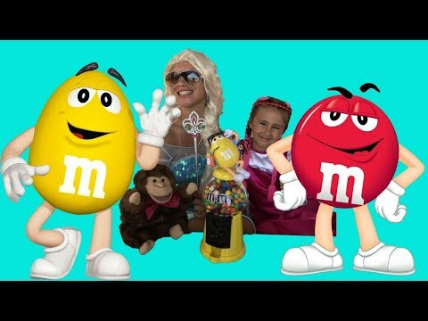 Masha and Elsa Learn Colors with M&M's | Magic Toys | Nursery Rhymes Songs for Kids