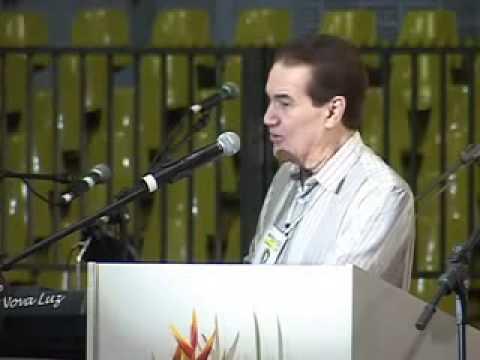 Vídeo com Divaldo Franco: O senador e o desprendimento dos bens materiais