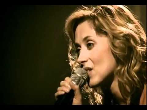 Lara Fabian - Je t'aime - O público Canta, ela chora