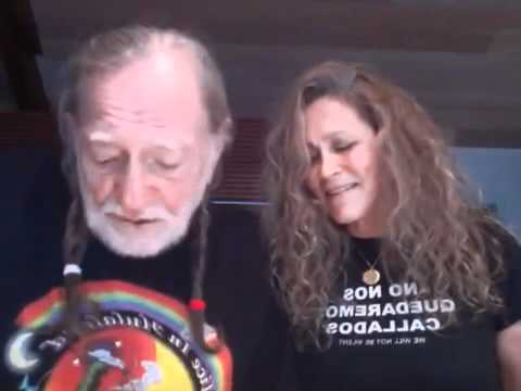 Willie Nelson gets behind Occupy Wall Street movement