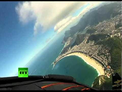 Spectacular video: 'Jetman' soars over Rio de Janeiro skyline