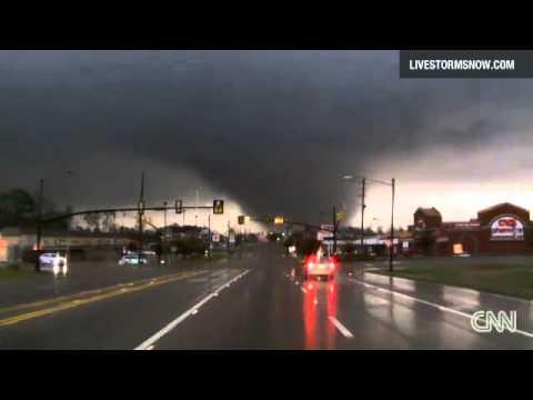 Storm chaser capture video of a tornado through Hattiesburg, Mississippi.