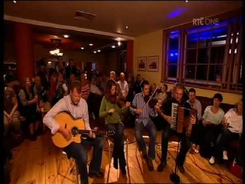 John McCartin, Oliver Loughlin, Damian O' Brien, Aisling Costello Irish Jig Celtic Guitar DADGAD