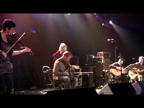 Celtish - Time to Be Moving On/Stensons (live at Wychwood festival - 10th June 12)