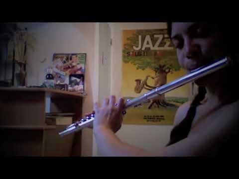 Tunes In The Kitchen #7 : The Golden Teaspoon & The long trip to Nouméa (barndances)