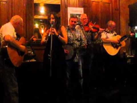 An impromptu performance of the Lonesome Boatman by Sarah Monks played with Shamrog