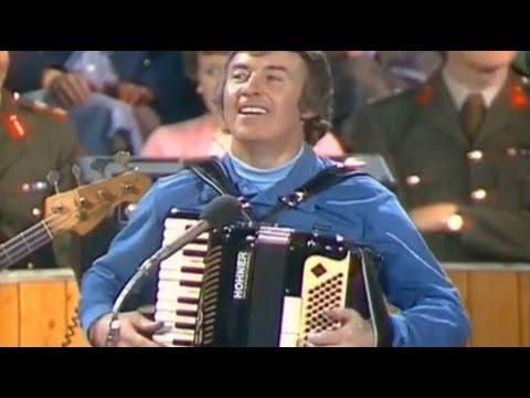 Dermot O'Brien -- Beidh Aonach Amárach i gCo an Chláir,  Liam Ó Murchú - Trom agus Éadrom RTE