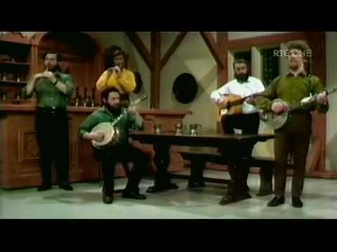 Ronnie Drew - An Irish Legend (2/5)