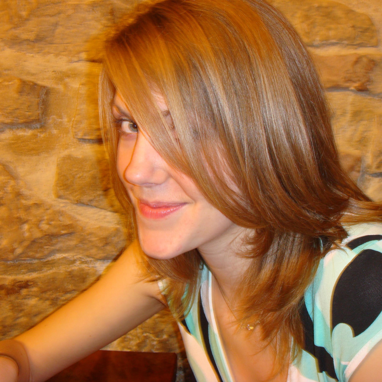 Anna Lewis