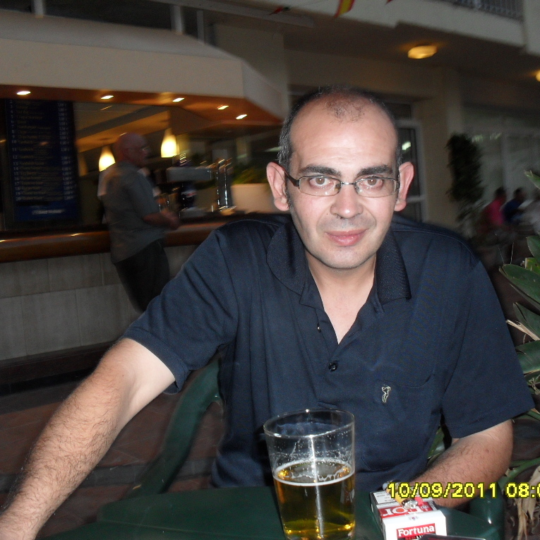 Carlos Ballesteros Chicano