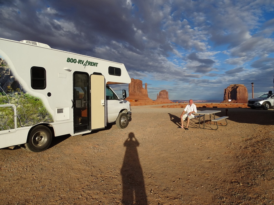 Monument Valley late afternoon September 2016