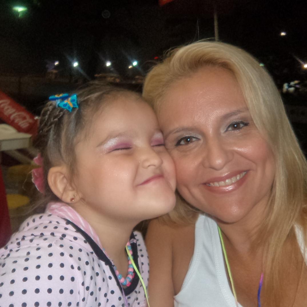 Cristiane Neves Viana