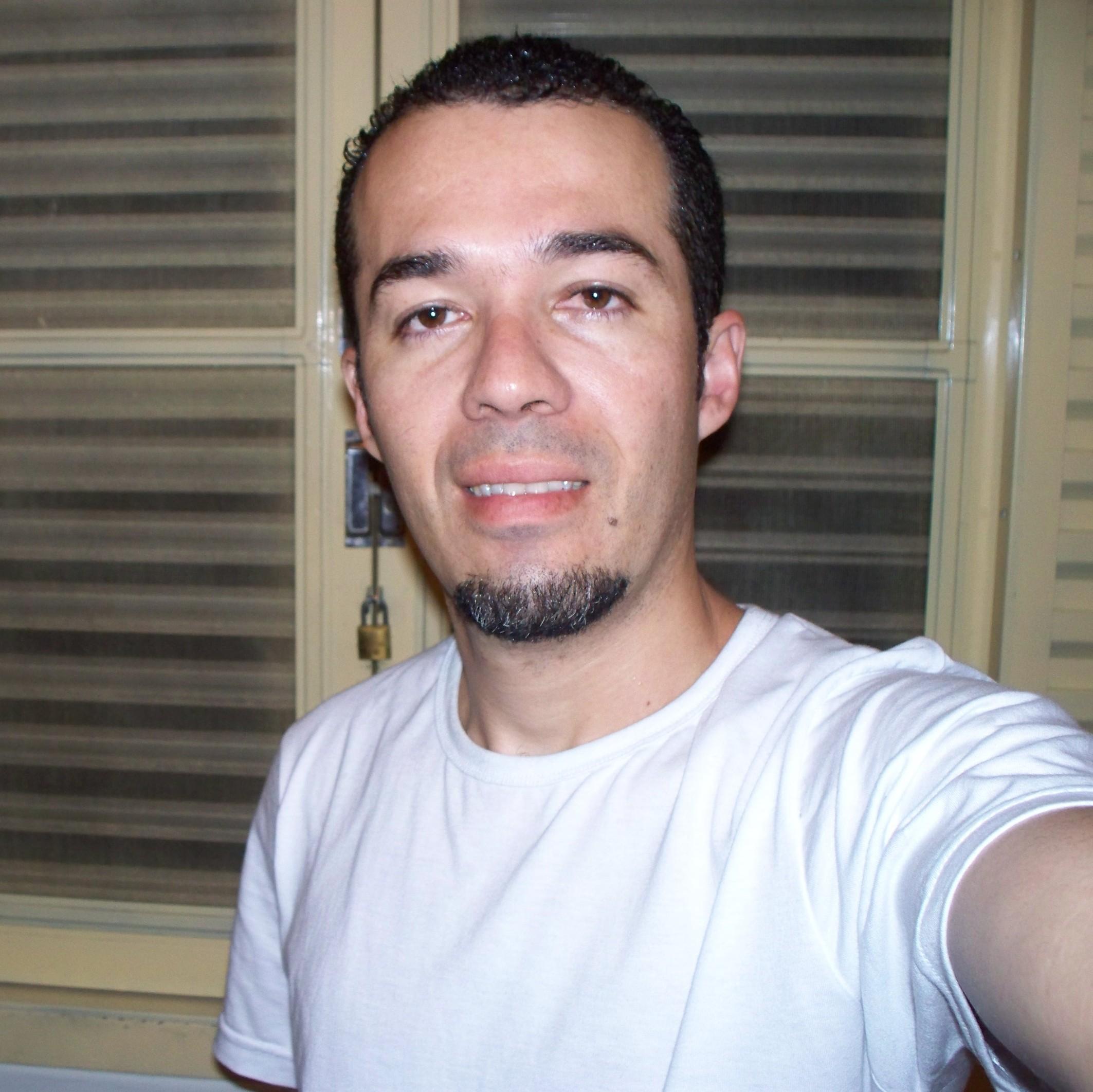 Sidney Batista de  Camargo