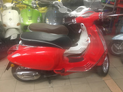 Vespa Sprint 125 (red)