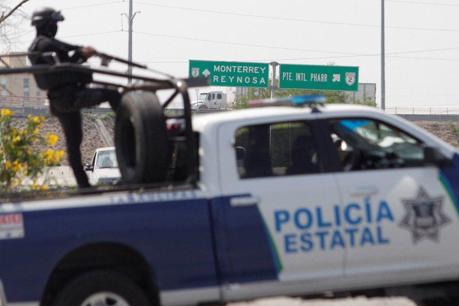 20 dead in grisly Mexican gang battle near US border