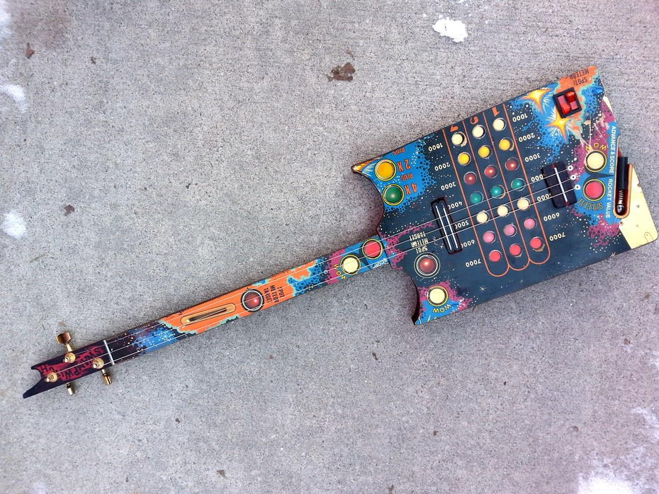 swamp witch guitar pinball 2