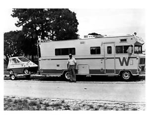CitiCar behind Winnebago