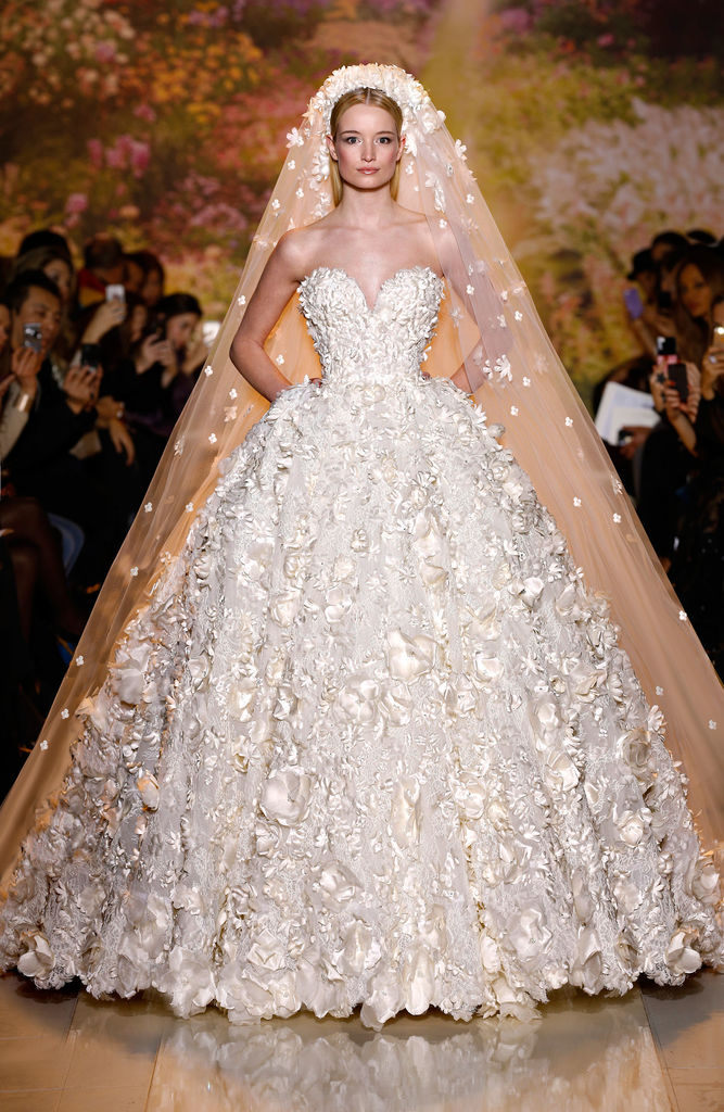 Do You Know That 8 Of The World S Most Expensive Wedding Dresses