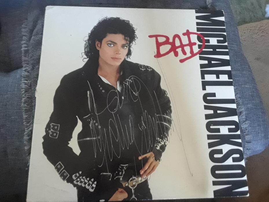 Michael Jackson signature: Bad album LP