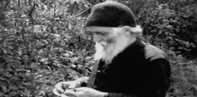 Γέροντας Παΐσιος: Η προσευχή για τους αρρώστους...