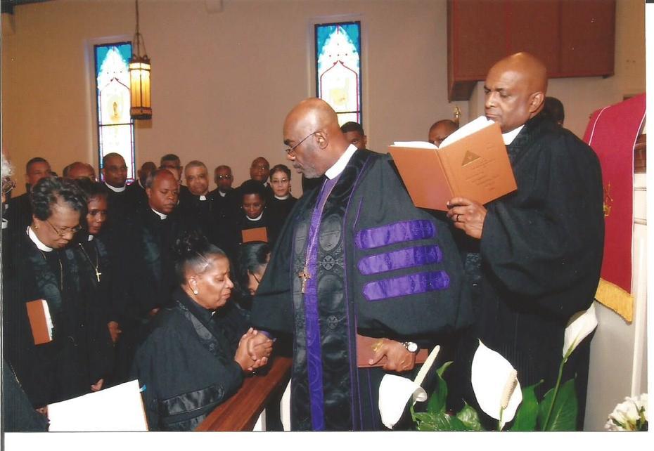 REV. DR. MARTHA ANDREE LEWIS IN HOLY ORDERS CEREMONY FOR ELDER PRAYED BY BISHOP HOLMES