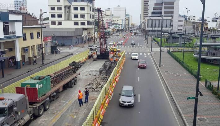 EMPEZÓ LA CONSTRUCCIÓN DE PILOTES PARA EL SISTEMA DE AEROVÍA EN GUAYAQUIL / ACTUALIDAD / ECUADOR