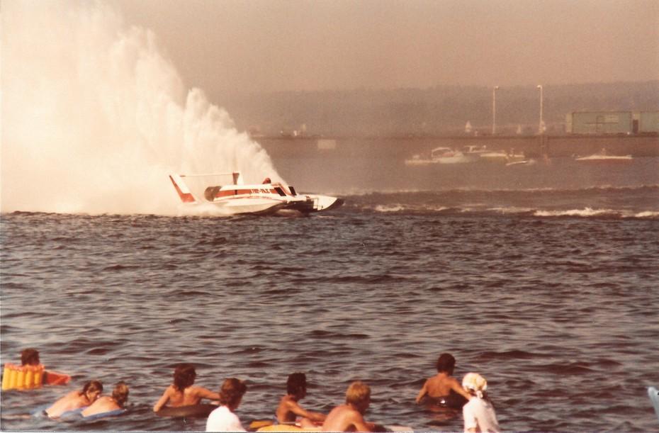8-9-1981 Gold Cup Seattle  Heat 2B  Pay N' Pak